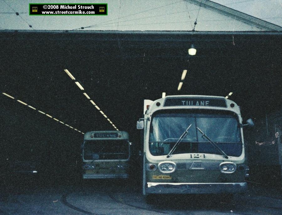 Tulane Bus