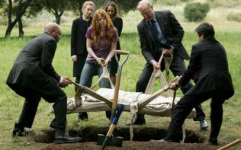 Six Feet Under: Nate\'s Burial