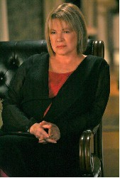 Diane Wiest as Gina