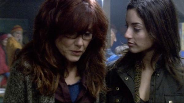 Laura and Maya at school