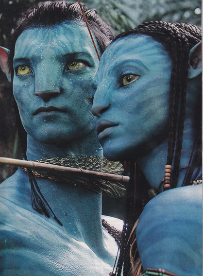 Avatar's Na'vi of Pandora, one avatar and one not
