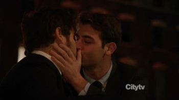 Happy Endings OTS Kiss
