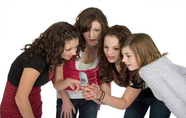 Punctuation and grammar and the inclusion in teens groups