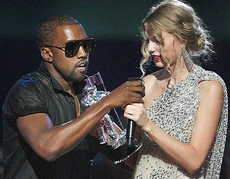 Kanye West and Taylor Swift at the 2009 VMAs