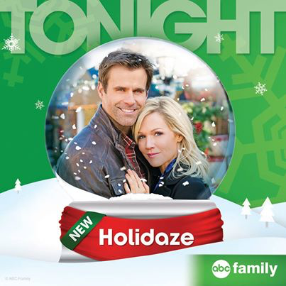 via press release from abc family jennie garth and cameron mathison celebrate the holidaze in an all new abc family original movie premiering sunday - Abc Family Original Christmas Movies