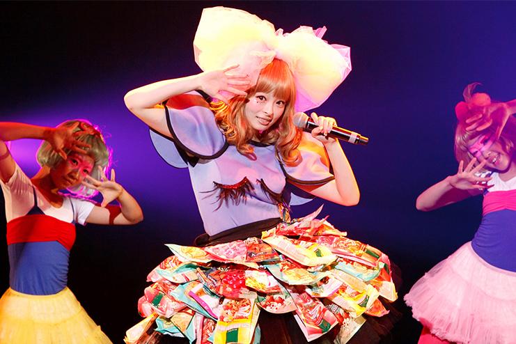 pop star in shōjo fashion